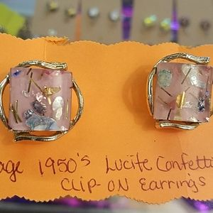 Vintage 1950s lucite confetti clip on earrings